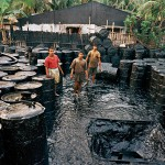 Desguace de barcos. Chittagong, Bangladesh. Edward Burtinsky, 2001