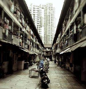 domu150110_PGadanho_Mumbai_300
